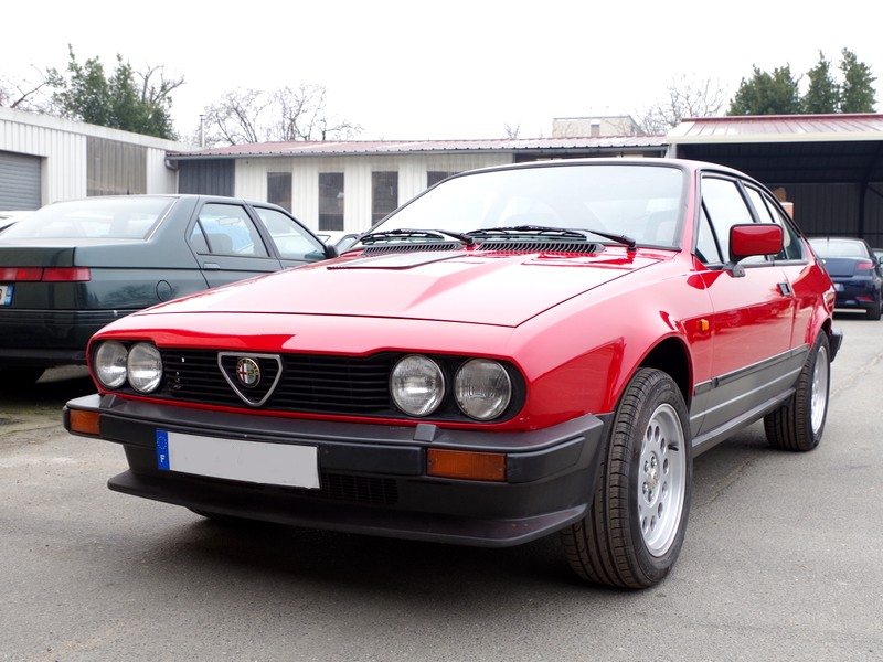 alfa romeo gtv6 occasion. Black Bedroom Furniture Sets. Home Design Ideas